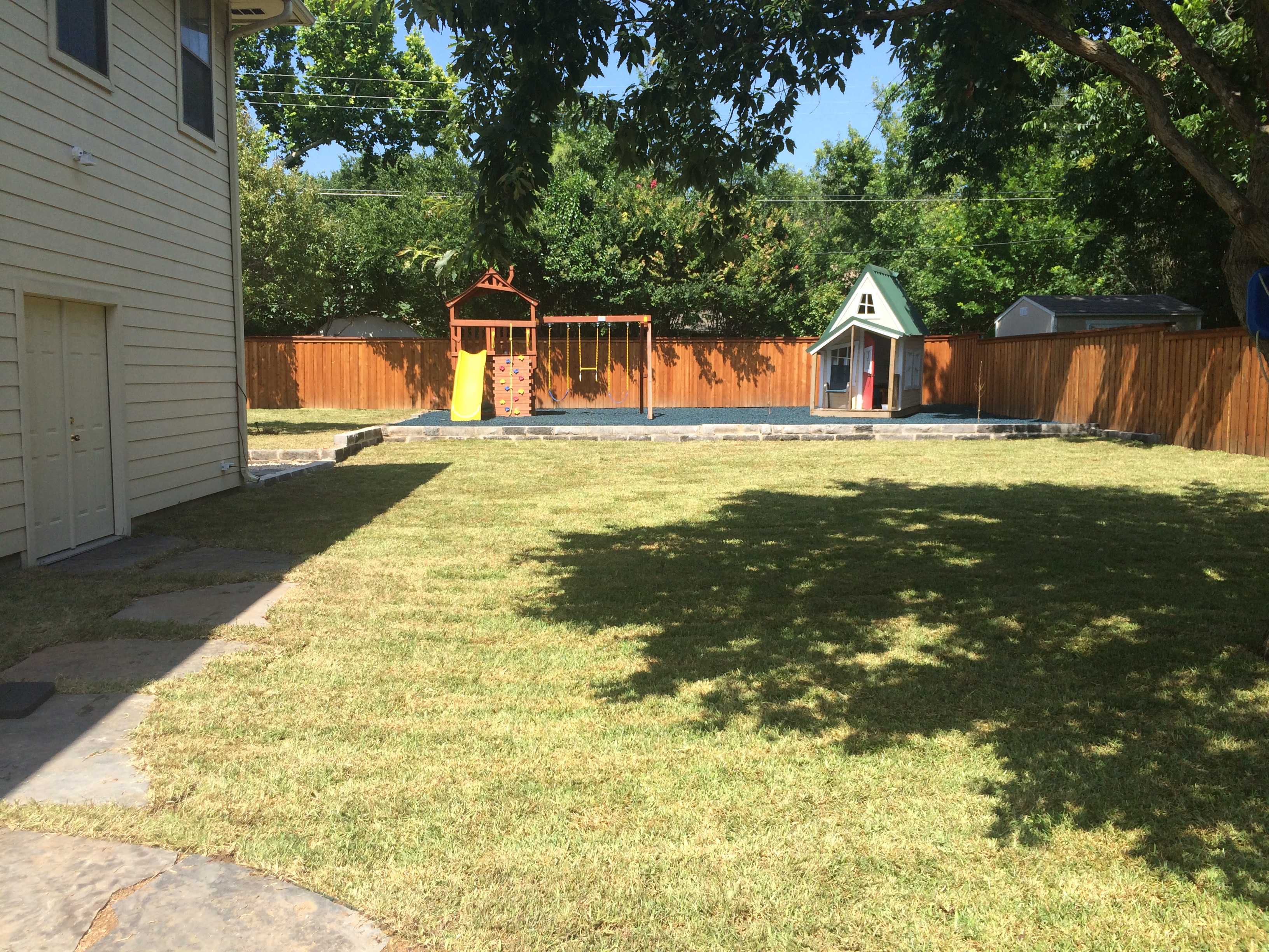 Backyard makeover waco lawns ltd landscape designers for Backyard makeover with pool